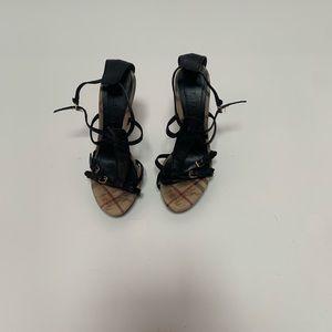 Authentic Burberry sandals size:38